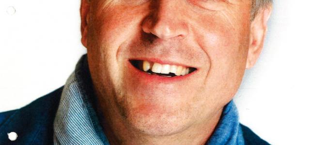 Politie Weert brengt eerbetoon aan overleden collega Rob en steunt onderzoek naar hersentumoren
