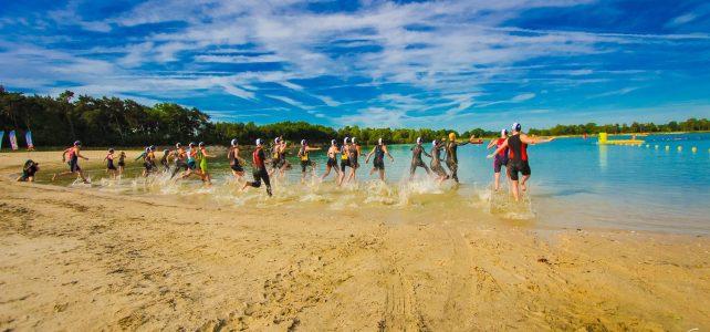 Alle zwemonderdelen Stadstriathlon Weert in Blauwe Meertje